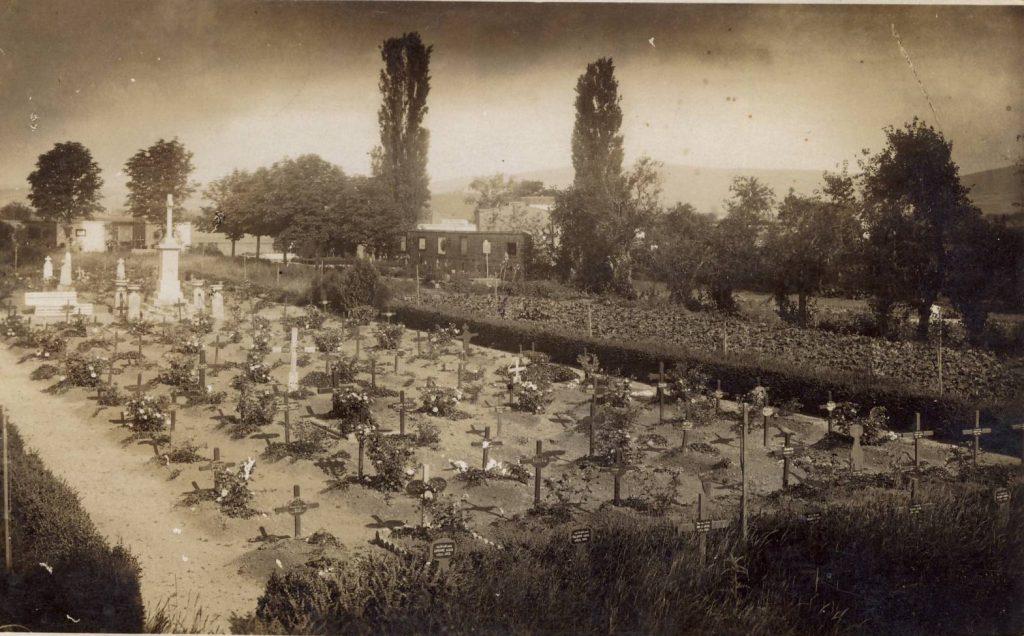 Vojno groblje u Beloj Crkvi nekada - Foto: arhiva Živana Ištvanića